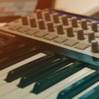 Elektronische Musik aus dem Tablet bzw. dem Browser