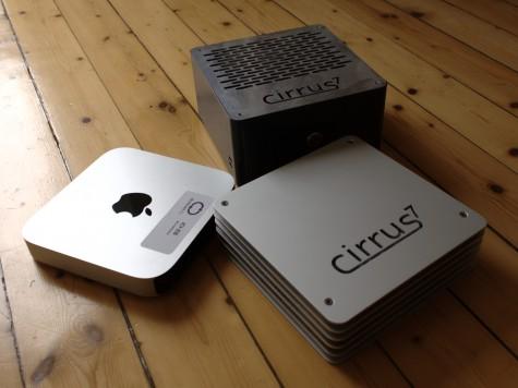 Cirrus7 One und Nimbus zusammen mit einem Mac Mini im Vergleich.