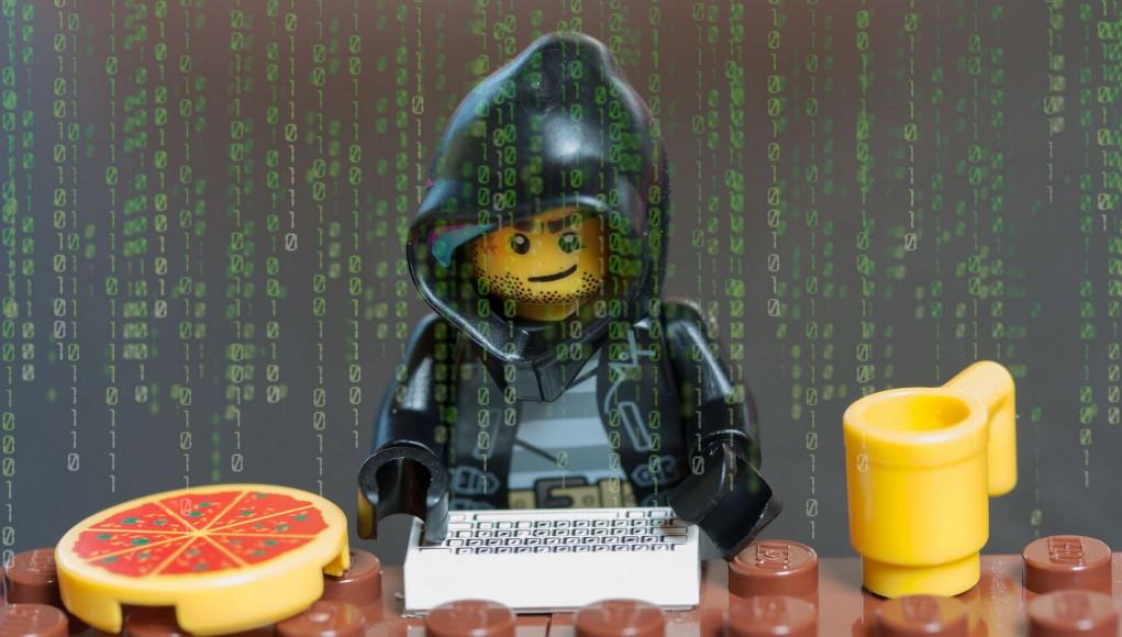 Hacker Lego