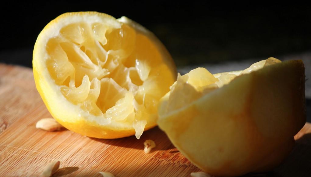 Ausgedrückte Zitronen