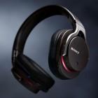Sonys hochwertiger MDR-1R Kopfhörer am Android-Handy