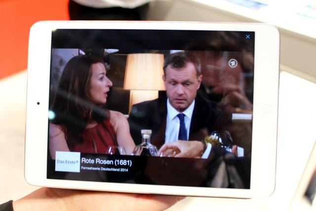 Hier sieht man die FRITZ!App TV auf dem iPad, sie wird es auch für Android geben.