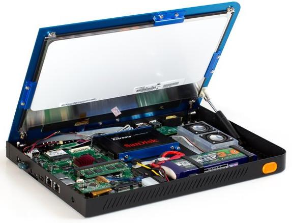 Der Novena ist so gestalltet, dass sich das Gerät mit einfachen Mittels selbst modifizieren lässt. (Bildquelle: Crowd Supply)