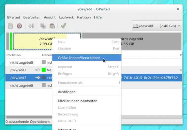 Mit Gparted könnt ihr die Größe jeder Partition ohne Datenverluste ändern.