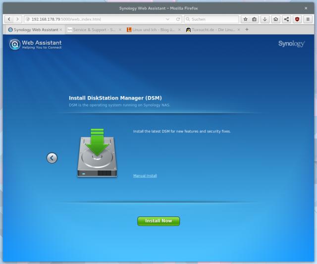 In der Standardeinstellung zieht sich der Assistent die neuste Firmware automatisch aus dem Netz.