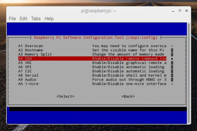 Das Freischalten von SSH funktioniert auch über raspi-config im Terminal.